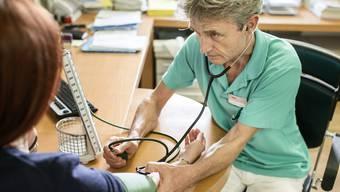 Um die Aufbewahrung von Patientendaten ist rund um den Fall Ingo Malm eine Kontroverse entbrannt. (Symbolbild)