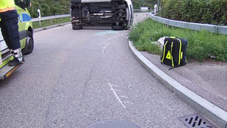 Eine 20-jährige Frau fuhr heute Morgen auf der Hauptstrasse in Birsfelden in Richtung Muttenz.