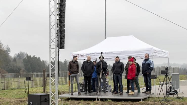 Die Stadt Lausanne hat grünes Licht für den Bau von acht Windturbinen auf einer Anhöhe im Weiler Chalet-à-Gobet erhalten. (Archivbild)