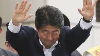 Japan soll wieder Krieg führen dürfen, findet Wahlsieger Shinzo Abe, amtierender Ministerpräsident und Chef der stärksten Partei LDP.
