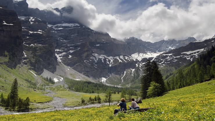 Eine breit angelegte Werbekampagne von Schweiz Tourismus soll dem einheimischen Tourismus wieder auf die Sprünge helfen.