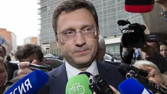 Der russische Energieminister Alexander Novak bei seiner Ankunft in Brüssel für die Gespräche um Gas-Lieferungen an die Ukraine. Die Verhandlungen mündeten am Abend laut der EU-Kommission in einer Einigung.