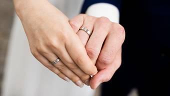 Das Brautpaar wusste vom infizierten Gast, informierte den Kanton jedoch nicht.