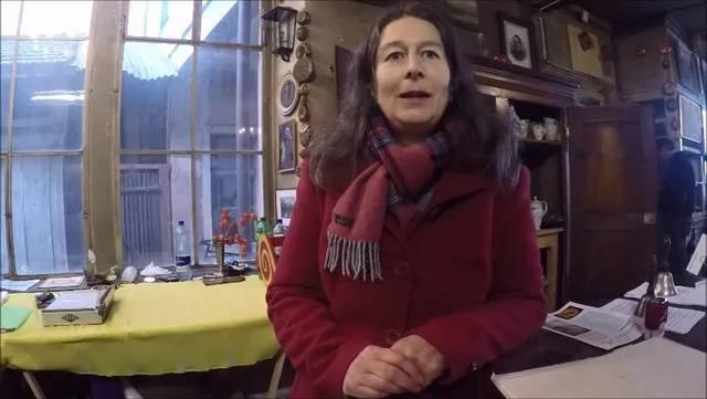 Michèle Glasstetter spricht im Video über ihren Vater Fritz Mario.