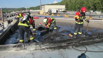 Brand auf Flachdach in Murgenthal