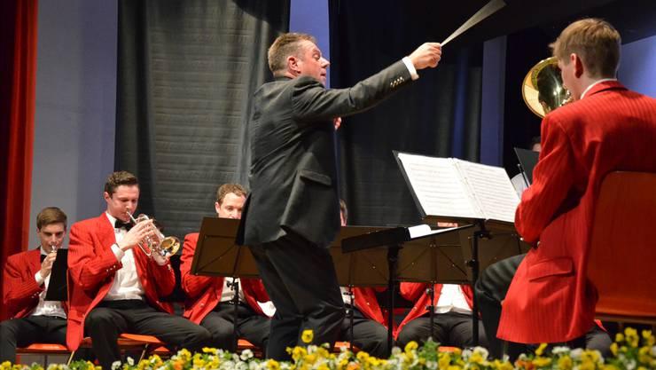 Hugo Felber führt die Musikgesellschaft Abtwil seit 31 Jahren mit unablässiger Energie und Freude. Christian Breitschmid