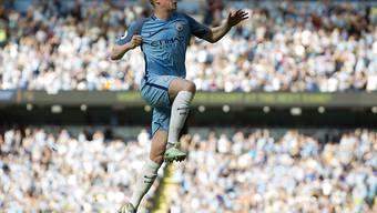Weiterhin im Höhenflug: Der Belgier Kevin De Bruyne jubelt nach seinem sehenswerten Freistosstor zur 1:0-Führung für Manchester City