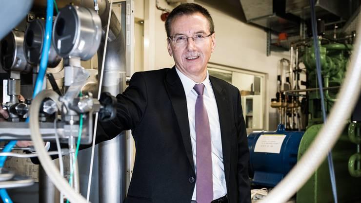 Nach der Matur des naturwissenschaftlichen Typus machte Rainer Schnaidt die Ausbildung zum Diplomingenieur für Luft- und Raumfahrt an der Universität Stuttgart. An der FHNW leitet er den Bereich Transfer sowie Angewandte Forschung und Entwicklung und Dienstleistungen der Hochschule für Technik. Er ist verantwortlich für die strategische Initiative «Energy Chance».