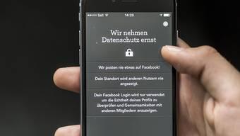 Schweizer Internetnutzer sehen in Hackern die grösste Gefahr für die Sicherheit. Dabei vertrauen sie Banken und Behörden stark, was den Umgang mit ihren persönlichen Daten angeht. (Symbolbild)