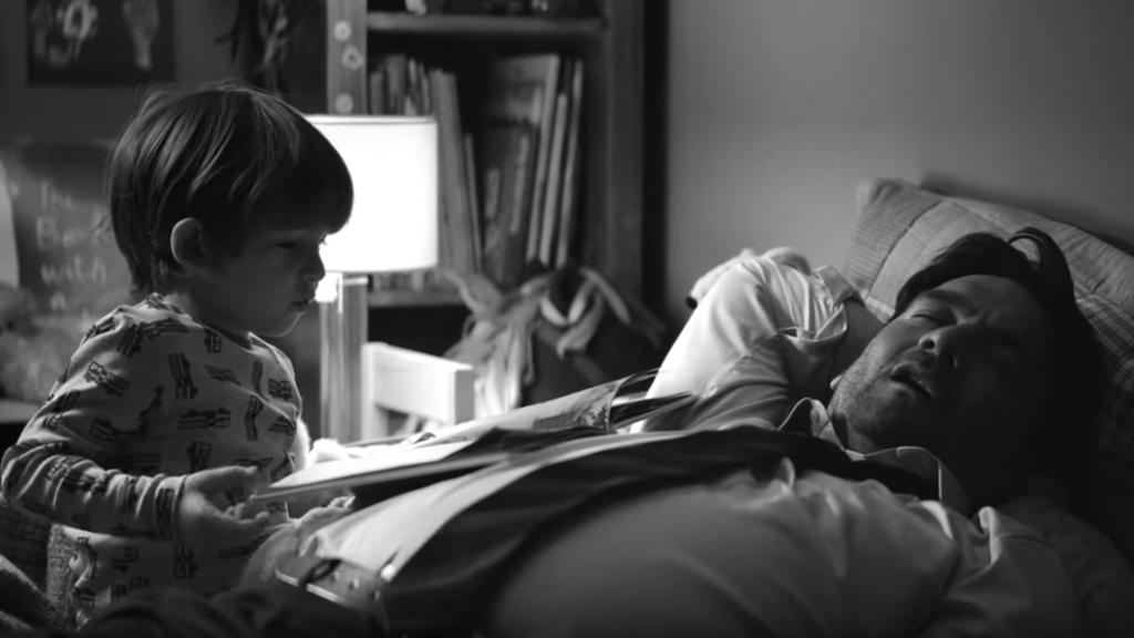 Im Video von Edeka geht es um überforderte Väter.