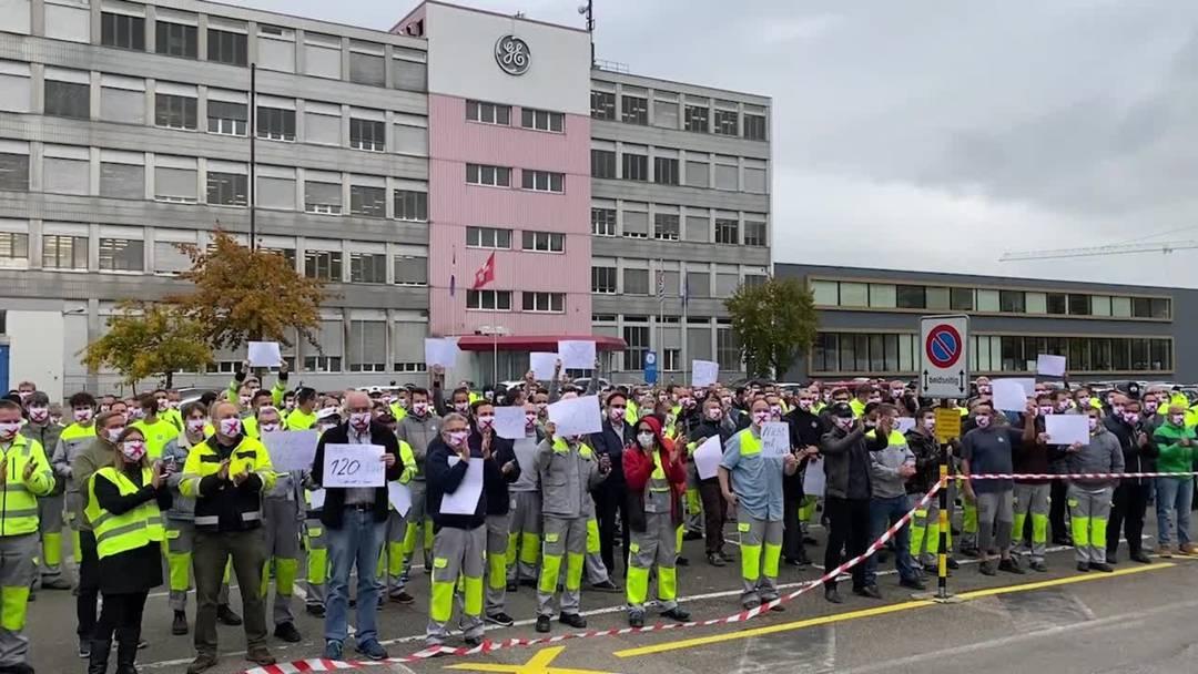 «Ihr seid ‹geile Sieche›, ich habe Hühnerhaut!»: Impressionen von der Protestaktion beim GE-Standort in Oberentfelden