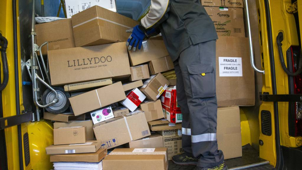 Paket-Rekordmengen bei der Post an Black Friday und Cyber Monday