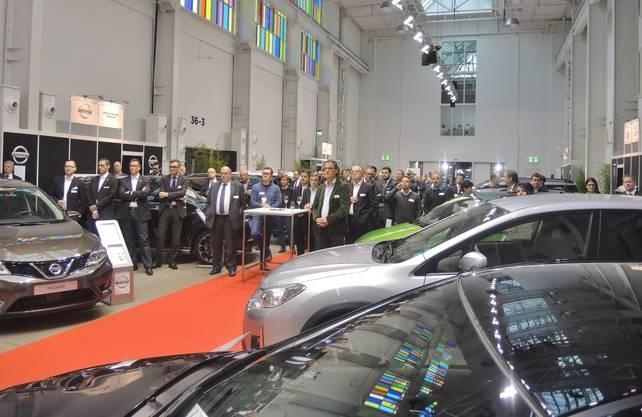Auch Stadtammann Geri Müller (team Baden) war an der Eröffnung der Auto-Ausstellung im Trafo dabei.