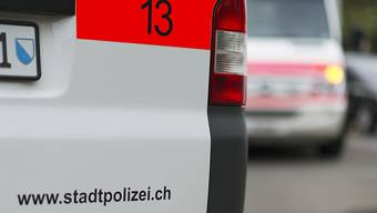 Die Zürcher Stadtpolizei spricht erste Wegweisungen aus.(Symbolbild)