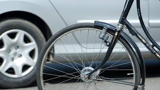 Beim Unfall verletzte sich der 81-Jährige schwer (Symbolbild)