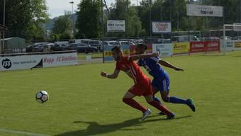 Der Dietiker Stürmer Roberto Stoykov (links) traf im letzten Spiel zwei Mal. Gegen Wettingen blieb der Torerfolg aus.