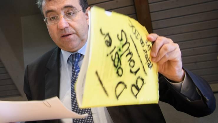 Der Waadtländer Finanzdirektor Pascal Broulis (FDP) ist in der Steueraffäre entlastet. Er hat nach Auffassung von Experten stets gesetzeskonform gehandelt. (Archivbild)