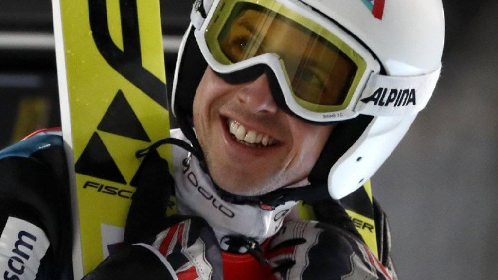 Simon Ammann lächelt auch in Zukunft in die Kamera