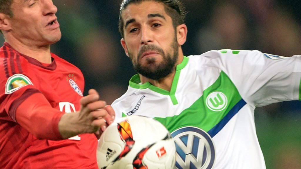 Ricardo Rodriguez (rechst) gegen Bayerns Thomas Müller