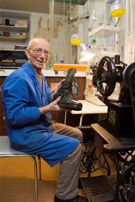 Seit 40 Jahren führt Schuhmacher Silvestro Maffei sein Geschäft an der Haselstrasse.