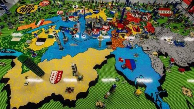Das Pro-Juventute-Mosaik aus Legosteinen in Bern