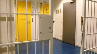 Kommt der pädophile Schweizer bald in ein Schweizer Gefängnis?