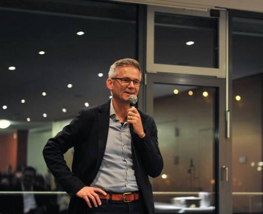 Gemeindeammann Pius Graf kam direkt von der Gemeinderatssitzung zur Vernissage. Er sagte, er freue sich auf viele Geschichten zur 200-Jahr-Feier der Ennetbadener Unabhängigkeit von Baden.
