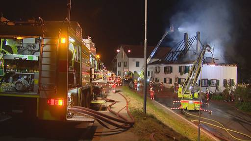 Wohnhaus und Scheune brennen komplett nieder