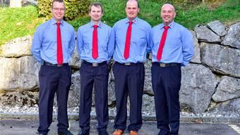 Führen die Thaler Feuerwehr in die Zukunft: (von links) Michael Vils, Andreas Rotschi (Offiziere) neben dem neuen Kommandaten André Schacher und Kurt Schneeberger.