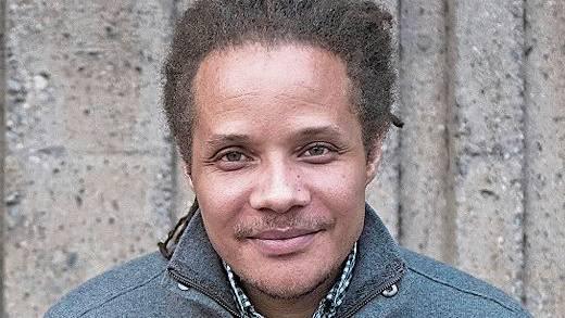 Der New Yorker Schriftsteller Jamel Brinkley.