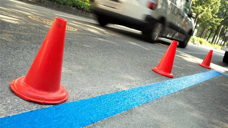 Ab Mitte 2018 soll dieses Bild in Schlieren der Vergangenheit angehören – die blauen Zonen werden auf dem ganzen Stadtgebiet zu weissen Zonen. Keneth Nars