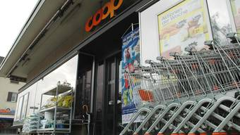 Am 4. Januar 2014 sind die Türen der Coop-Verkaufsstelle Sonnenberg an der Zurzacherstrasse zum letzten Mal geöffnet. mhu