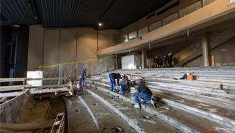 Ein aktueller Blick in den Theatersaal: Nach dem Umbau werden hier wieder bequeme Sessel stehen.