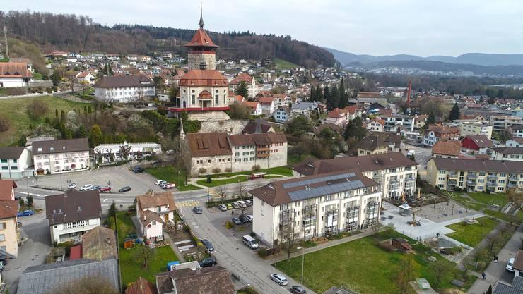 Blick auf Niedergösgen mit dem Schlosshof.