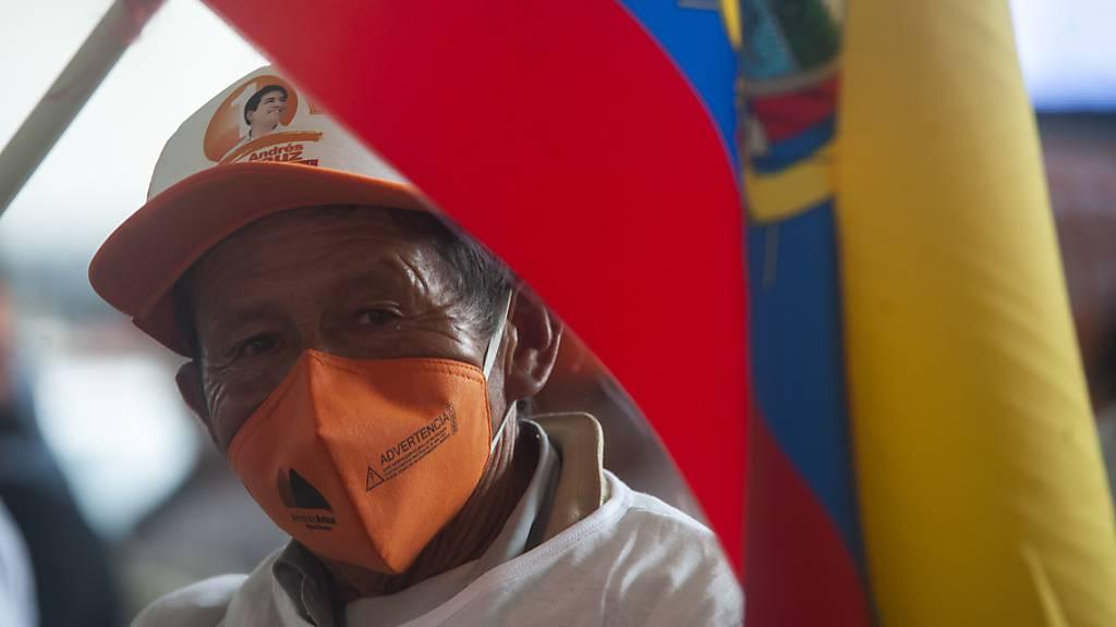 Urnengang in Zeiten der Pandemie: Ecuador und Peru wählen Präsidenten