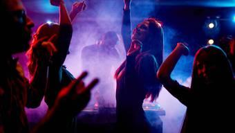 Die Party ist vorbei: Diskotheken haben in Genf schon seit Juli geschlossen. Doch die Covid-Zahlen hat der Kanton nicht in den Griff bekommen.