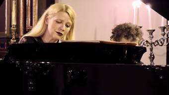 Hören Sie rein in das Konzert der ukrainischen Pianistin Valentina Lisitsa.