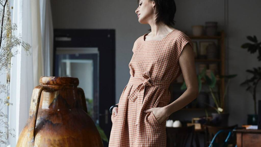 An der Gwand in Luzern gibt's nachhaltige Kleidung, wie beispielsweise von Livia Naef, die in Luzern ihr Atelier hat.