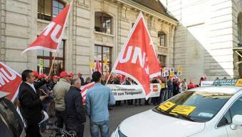 Der Uber-Konflikt führte schon zu mehreren Demonstrationen – auch hier beim Bahnhof in Basel. martin Töngi