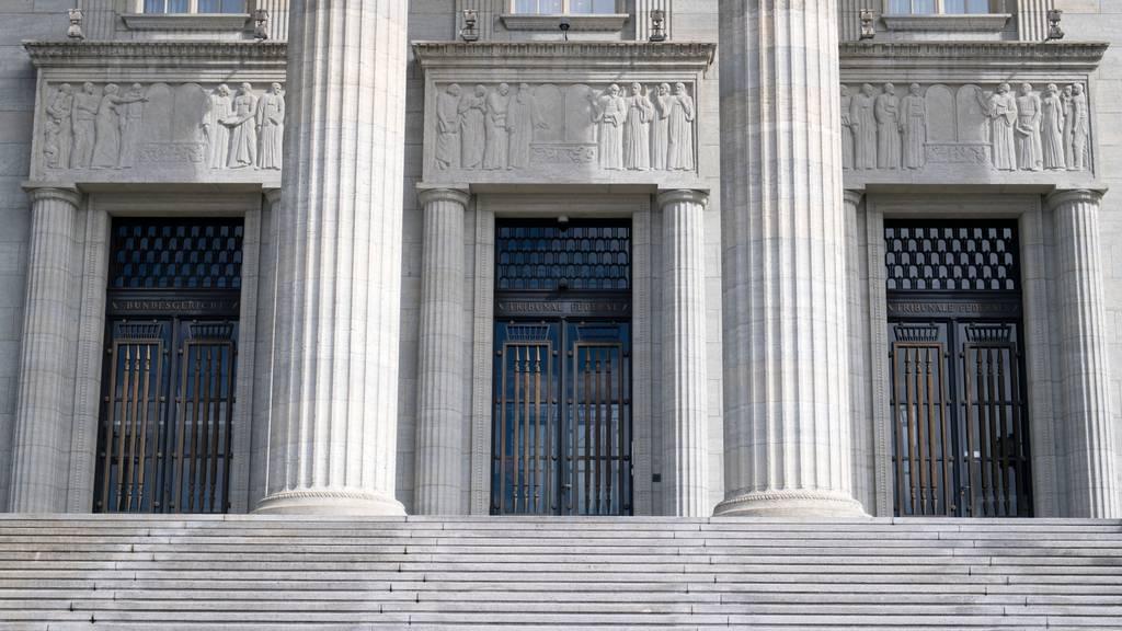 Mehrjährige Freiheitsstrafe für einen Millionenbetrüger bestätigt