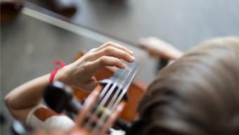 1000 Franken müssen FMS-Schüler für den Instrumentalunterricht bezahlen – da wählen viele das Fach gleich ab. Keystone