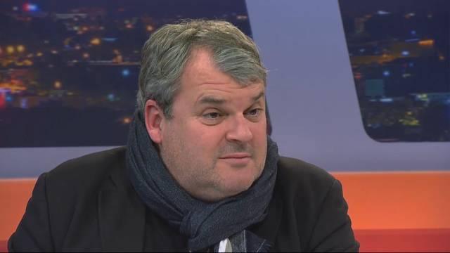 Mike Müller verrät, warum der Bestatter in Aarau und nicht in Lenzburg oder Olten spielt.
