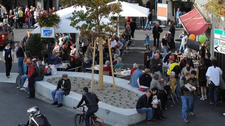Ein Publikumsmagnet: Der neue, verkehrsberuhigte Wasserturmplatz.