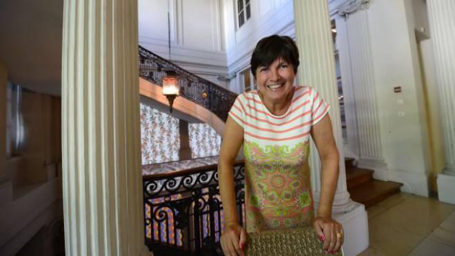 Herrin im Haus: Marie-Paule Jungblut im Museum für Wohnkultur im Haus zum Kirschgarten. Foto: Juri Junkov