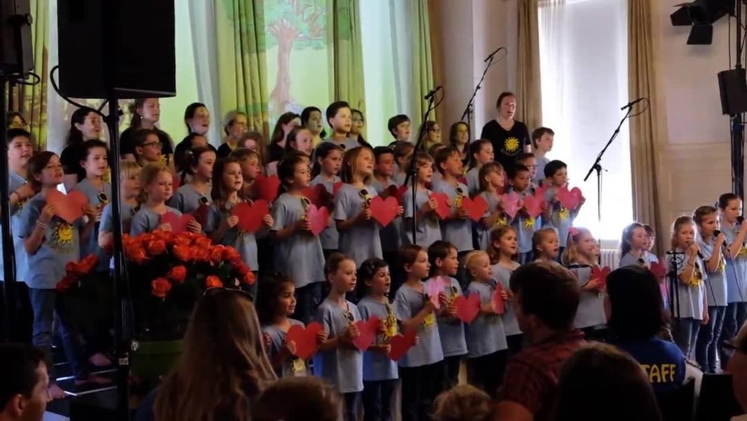 Ein Ausschnitt aus dem Lied «Ich han dich so gern» der Sunechind in Weiningen