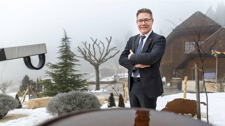 Roland Fürst, hier auf der Blüemlismatt ob Egerkingen, will bei einer Wiederwahl im Baudepartement bleiben.