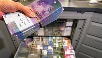 Den Staatsangestellten im Kanton Solothurn müssen in Zukunft alle Entschädigungen an die Staatskasse abgeben.