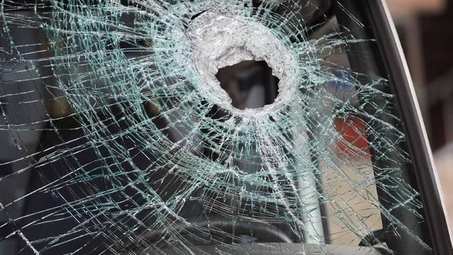 Beim Zusammenstoss mit einem Auto, wurde einem Velofahrer in Frankreich der Kopf abgetrennt (Symbolbild)