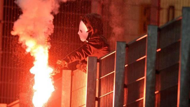 """Pyros in St. Gallen: """"Feuriger"""" Match gegen Moskau (Archiv)"""