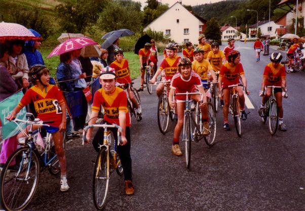 Start der Sulzer Jungradler zum Endfahren 1983.